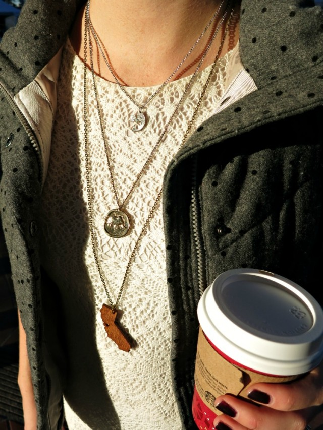 layered vest, leggings and tunic, H&M crochet tunic, San Francisco necklace, California necklace, layered necklaces
