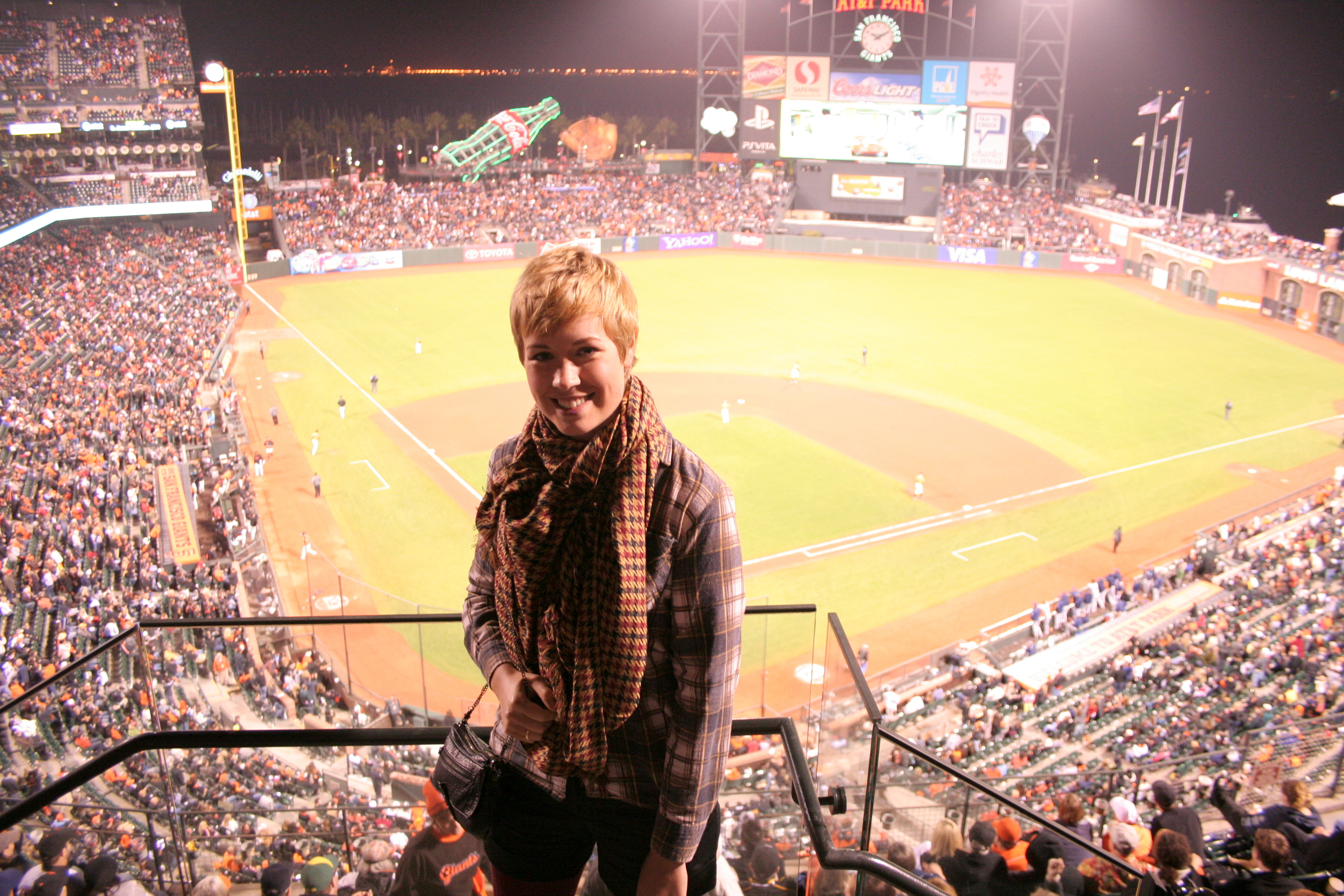 San Francisco Giants played at AT&T Park. I wore H&M scarf, vintage flannel shirt, Express shorts, H&M tights, Vince Camuto Boots