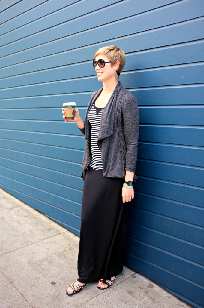 black maxi skirt, maxi skirt style, grey and black style, maxi skirt with sweater