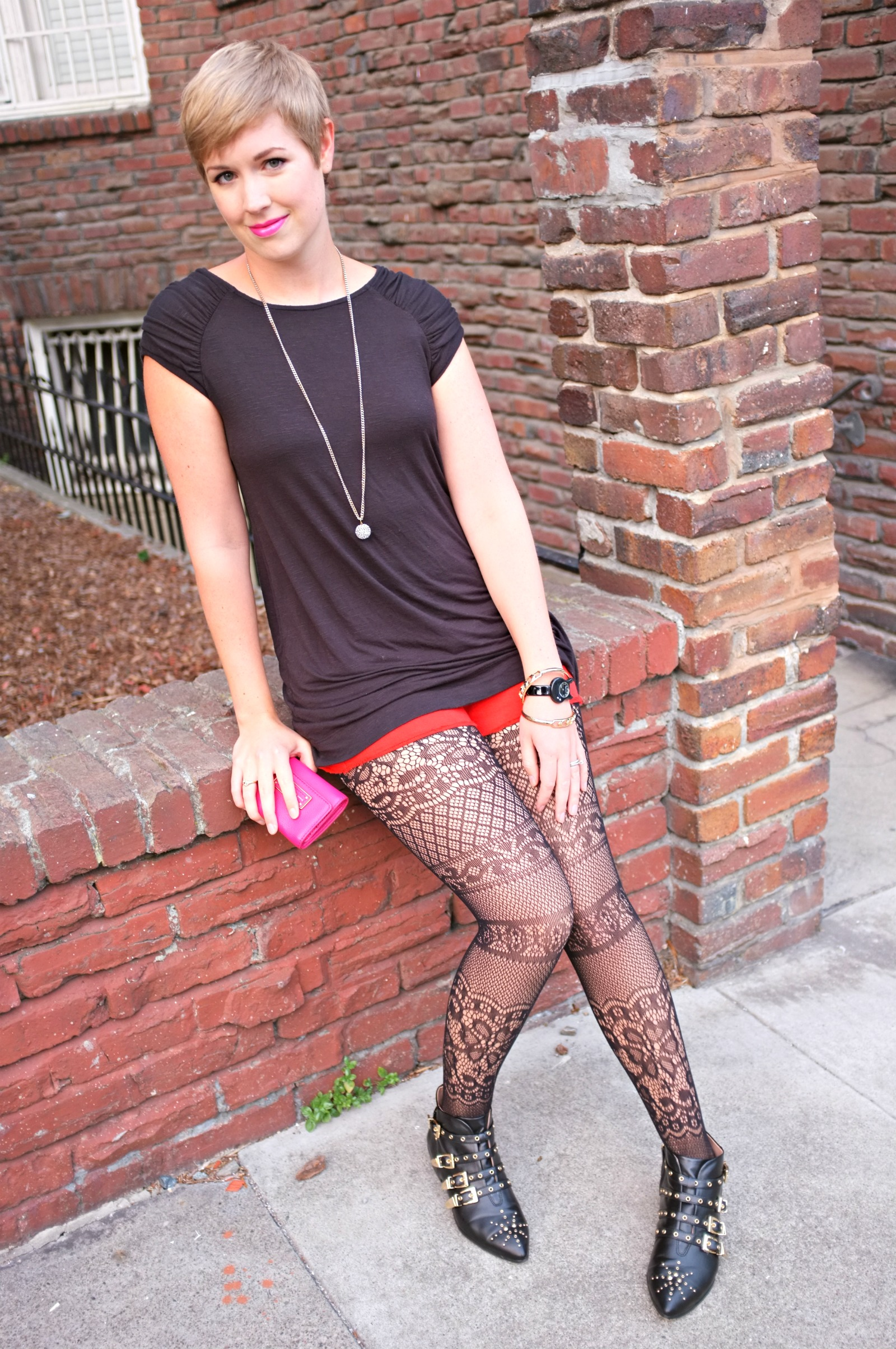 pop of color style, pop of color clothing, pink and red pops of color, lace tights