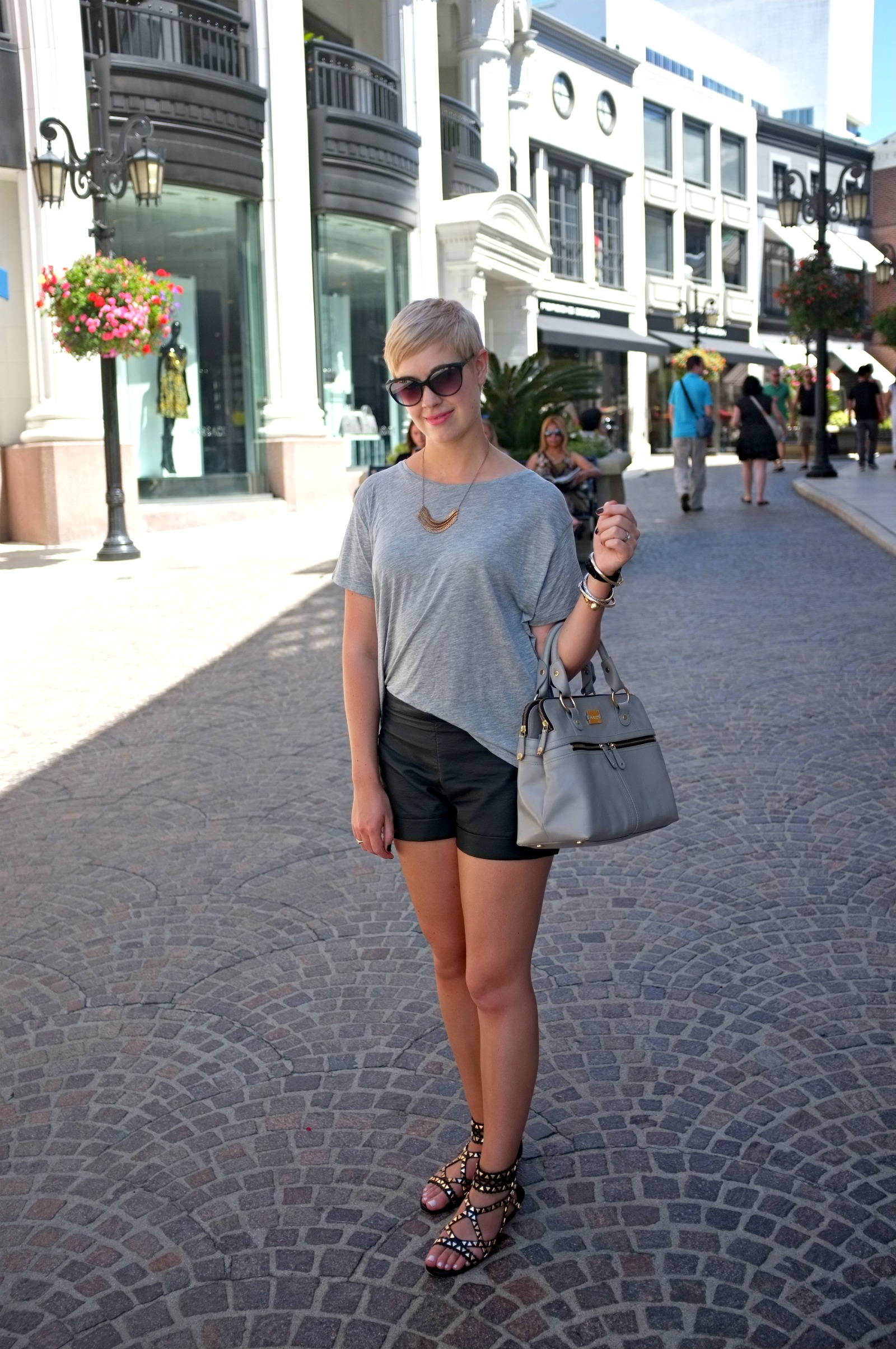 Rodeo Drive, Beverly Hills Rodeo Drive, Beverly Hills outfit, Los Angeles style, leather shorts style, leather shorts, leather shorts outfit