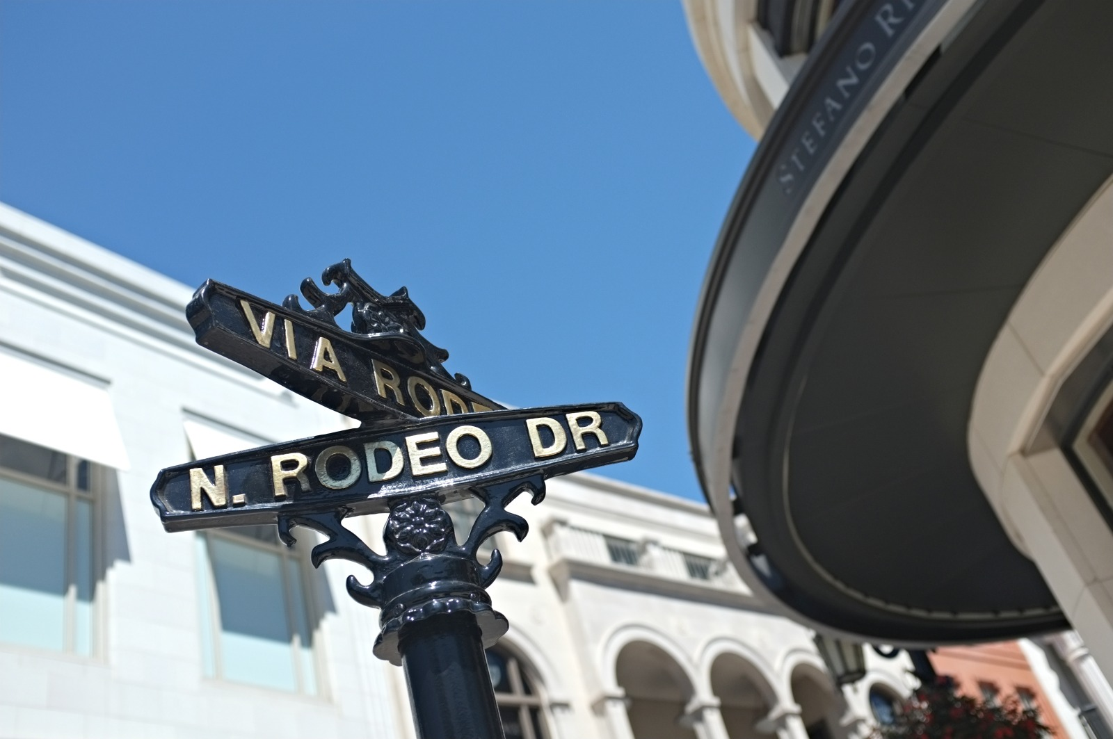 Rodeo Drive, Beverly Hills Rodeo Drive, Beverly Hills outfit, Los Angeles style, leather shorts style