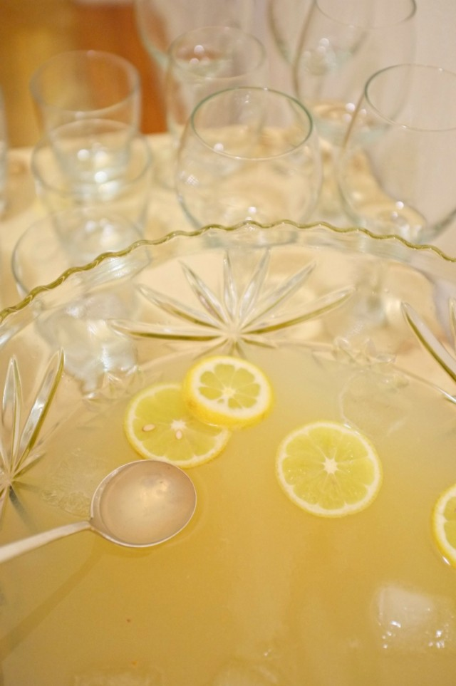 French 75, French 75 punch, cocktail party drinks, party punch